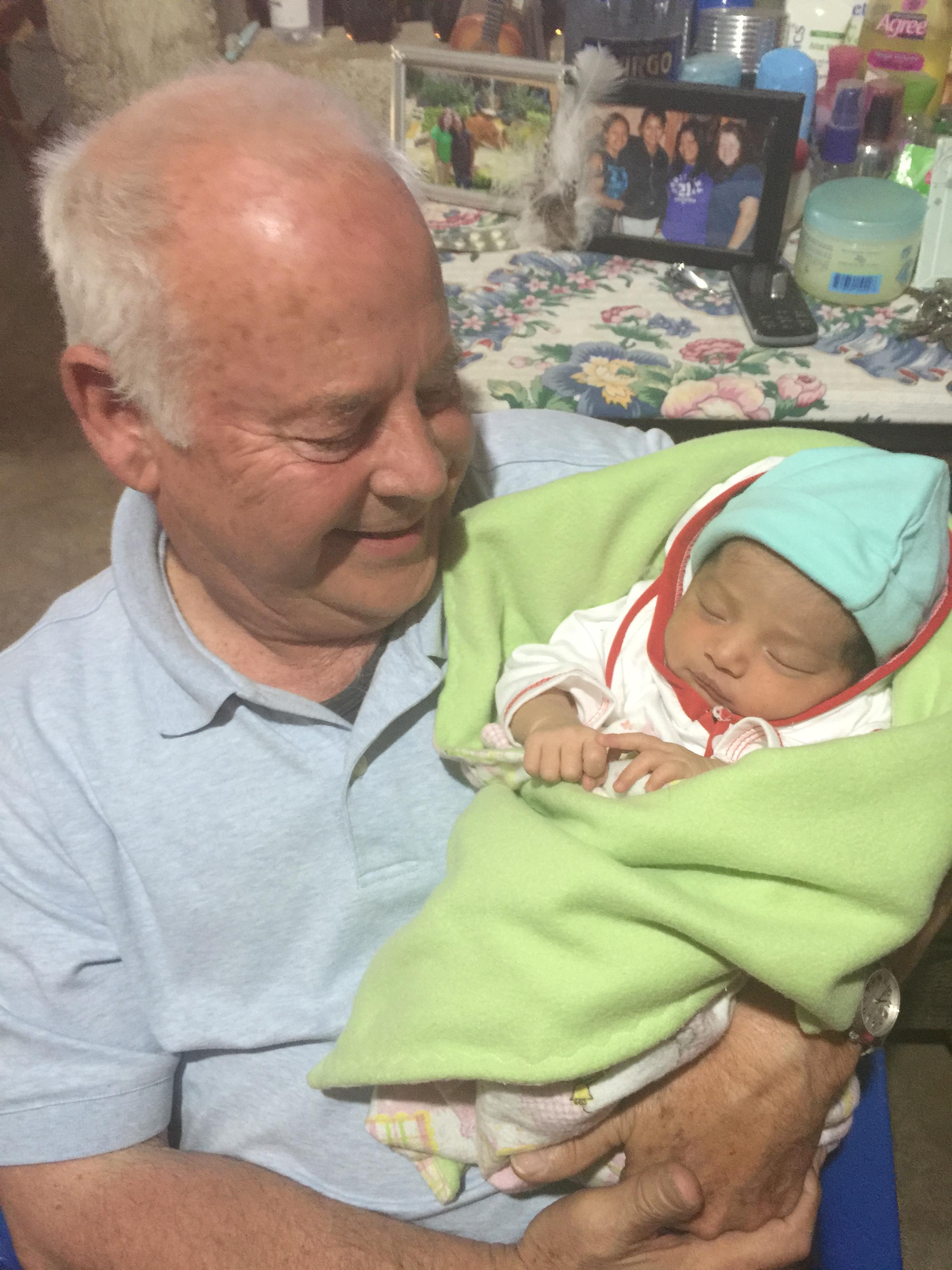 Grandpaw con Andre Natasha
