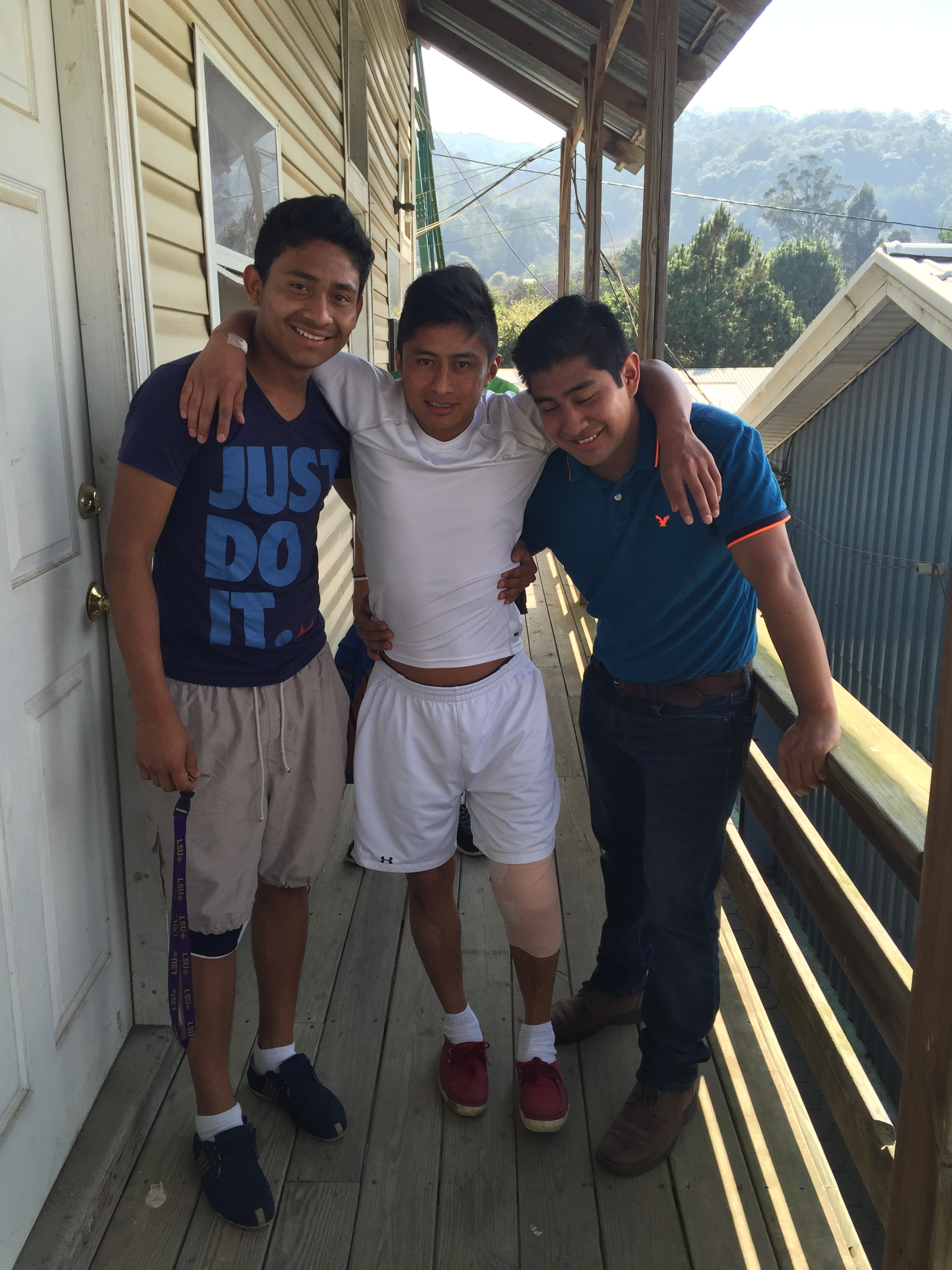 Paco & Josue helping Oscar to his room