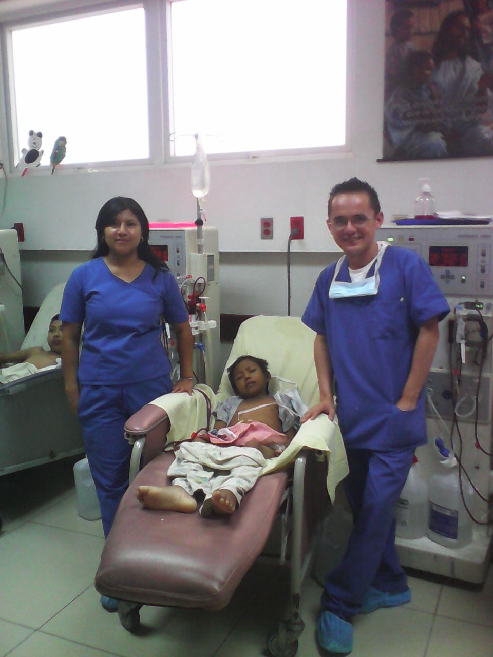 Aroldo at his internship as a dialysis technician